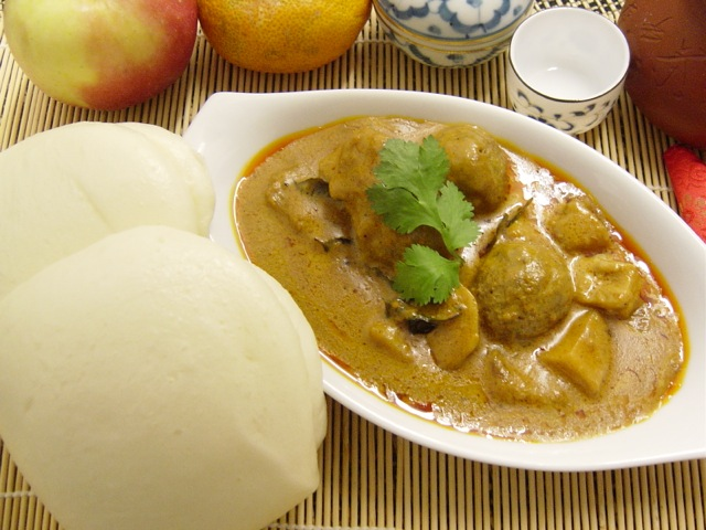 10.Steam Buns with Curry